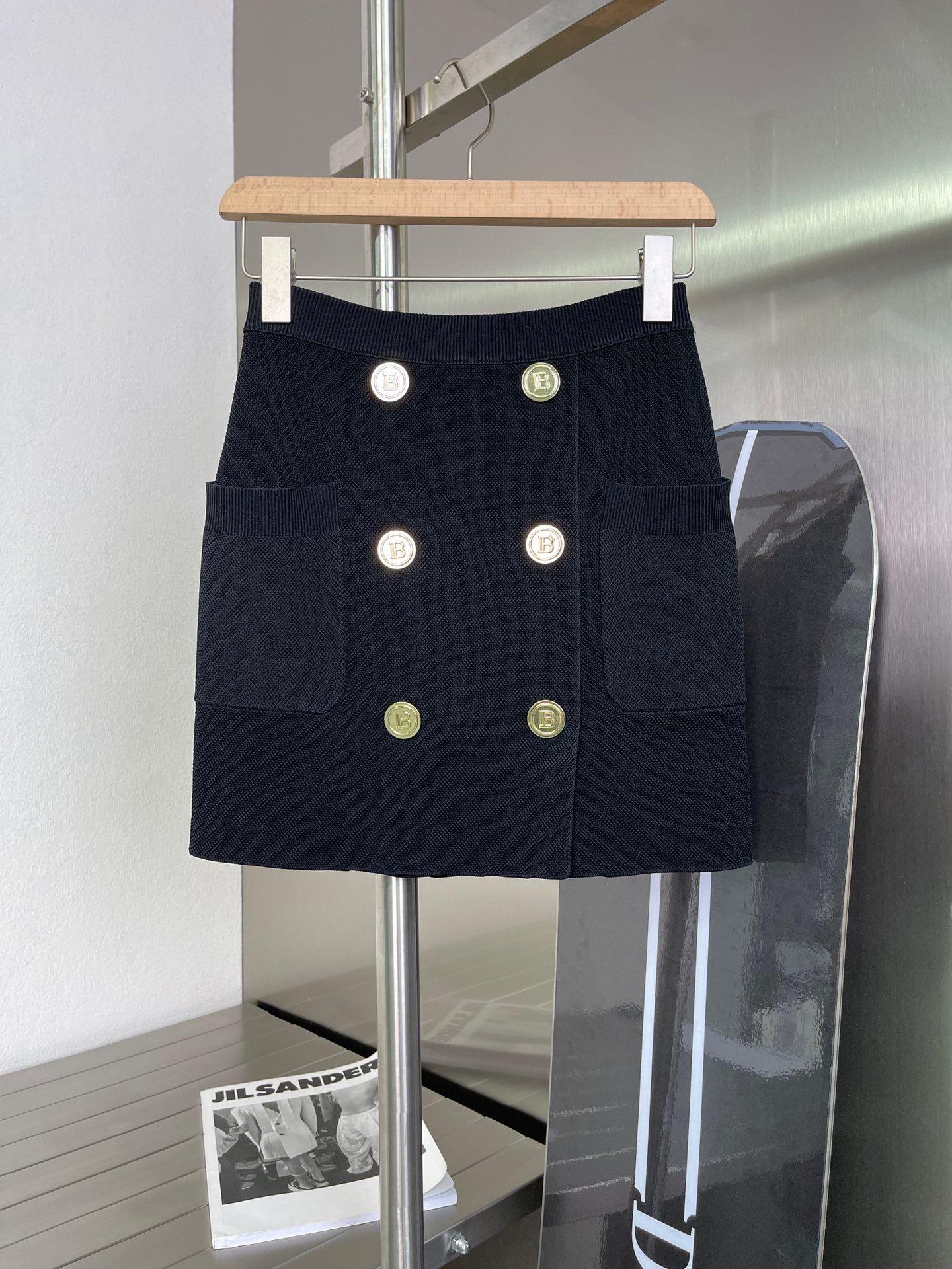2021 İlkbahar Yaz Sonbahar Kış Tasarımcısı Bir Etekler Muhteşem Moda Marka Aynı Stil Bayan Giyim 0605-23