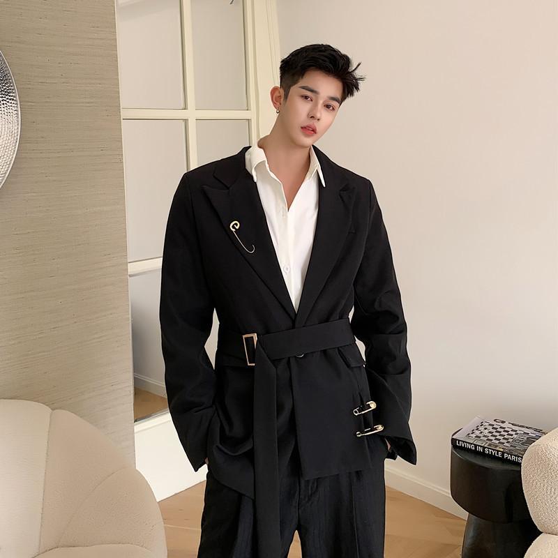 Erkek Streetwear Moda Hip Hop Vintage Blazer Ceket Giyim Erkekler Pin Kemer Rahat Slim Fit Suit Ceket