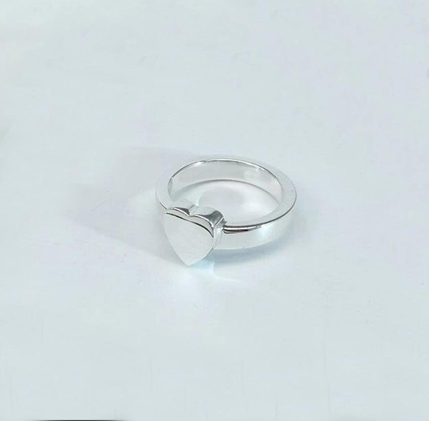 2022 망과 여성 약혼 웨딩 쥬얼리 애호가 선물을위한 심장이있는 실버 도금 반지