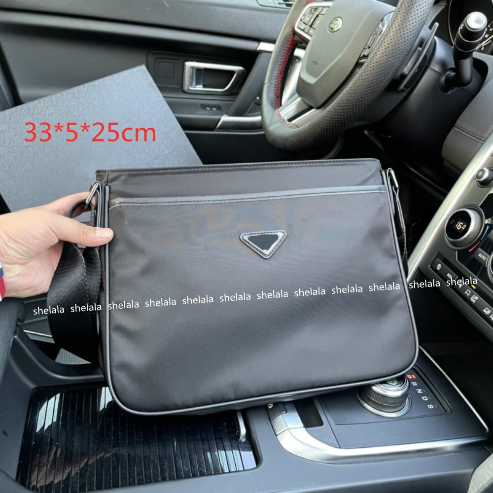 2021 رجل مصممون حقيبة كتف كروسبودي فاخر حقائب فاخرة حقائب سوداء الأعمال المتوسطة الأعمال الصليب الجسم النايلون مع رسائل مثلث سعة كبيرة PD21052401