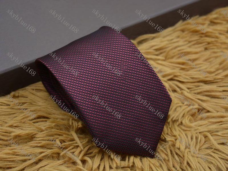 Homme Marque Marque Mode Lettre de mode Cravates à rayures Hombre Gravata Slim Classic Business Casual Bleu Blue Blanc Blanc Cravate rouge pour hommes L01
