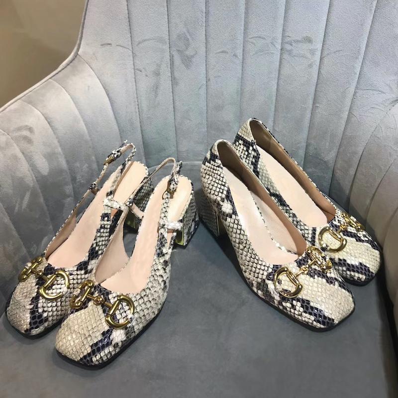 [With box] 2021 abito donna di lusso pompa a metà tacco con scarpe di cavallo classico in vera pelle muli tacchi alti donna vintage quadrata estate spiaggia sandali 273