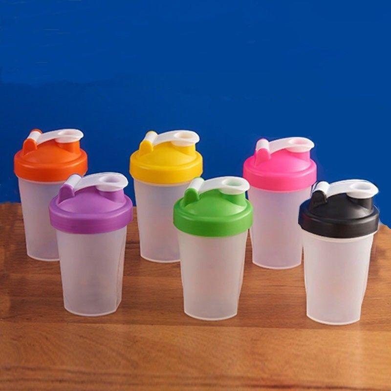 البهلوانات المحمولة شاكر زجاجة المياه عصير الحليب بروتين مسحوق المنزل يهز كوب مع مرت