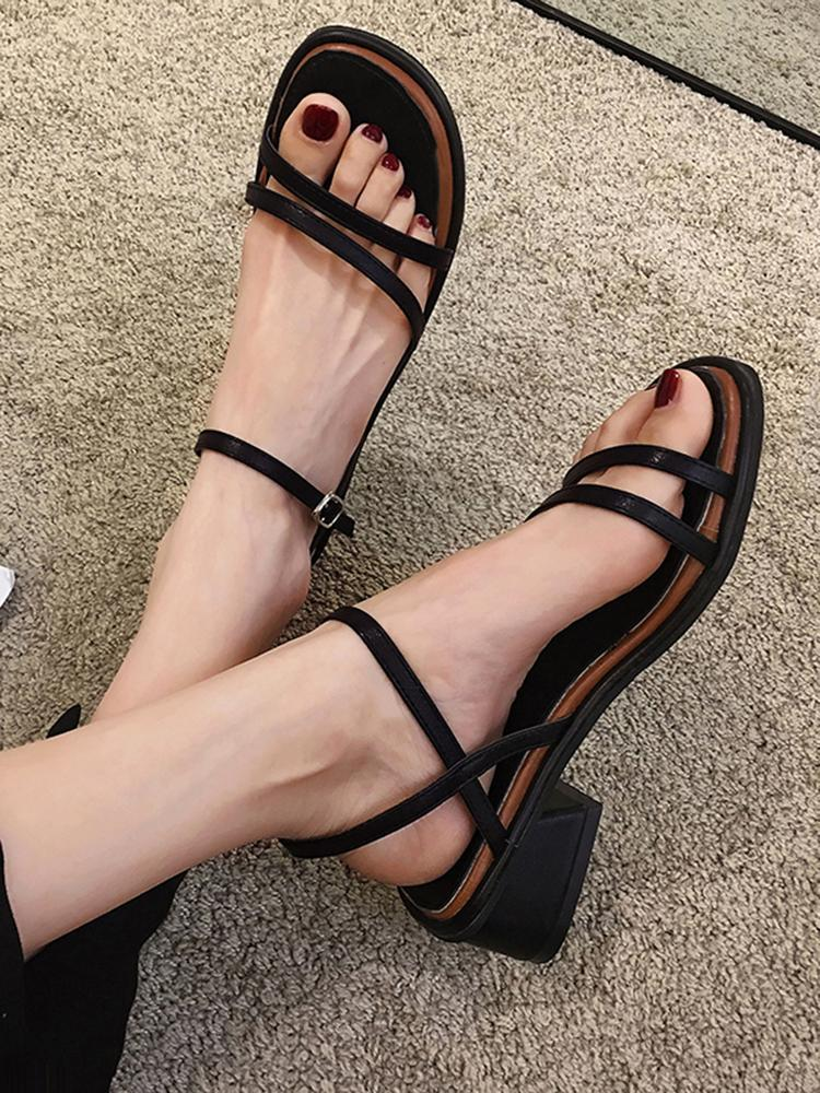 Scarpe da donna Sandali tacco spesso 2021 Summer Fashion Bel Toe Cintura sottile Tacchi alti