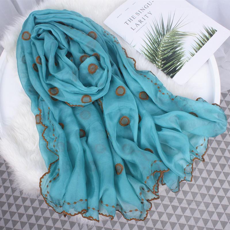 Design Donne inverno Sciarpa Silk Sciarpa ricamata Dot Lace Ladies Autunno Lunghe Sciarpe Sciarpe Scialle Beach Stoles Hijab Foulard Femmina Bandanas