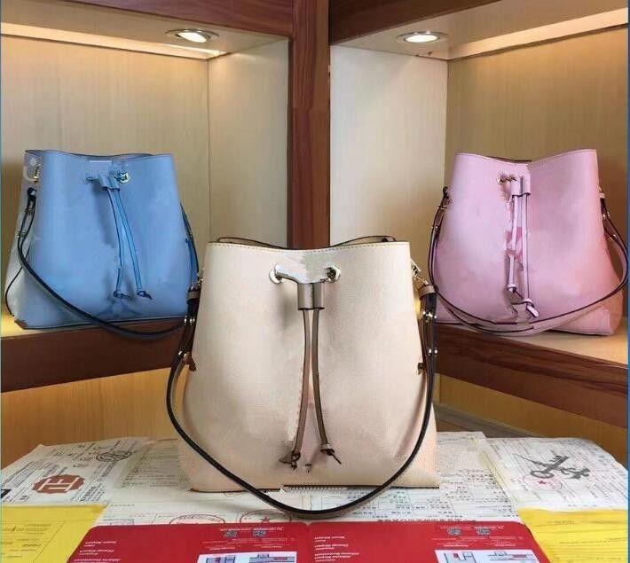 حقائب نيونو bb دلو حقائب حقائب اليد أزياء المرأة حقائب الكتف سيدة اليد حقيبة يد مع حزام الكتف، حقيبة الغبار، حقيبة هدية M45709 M45716