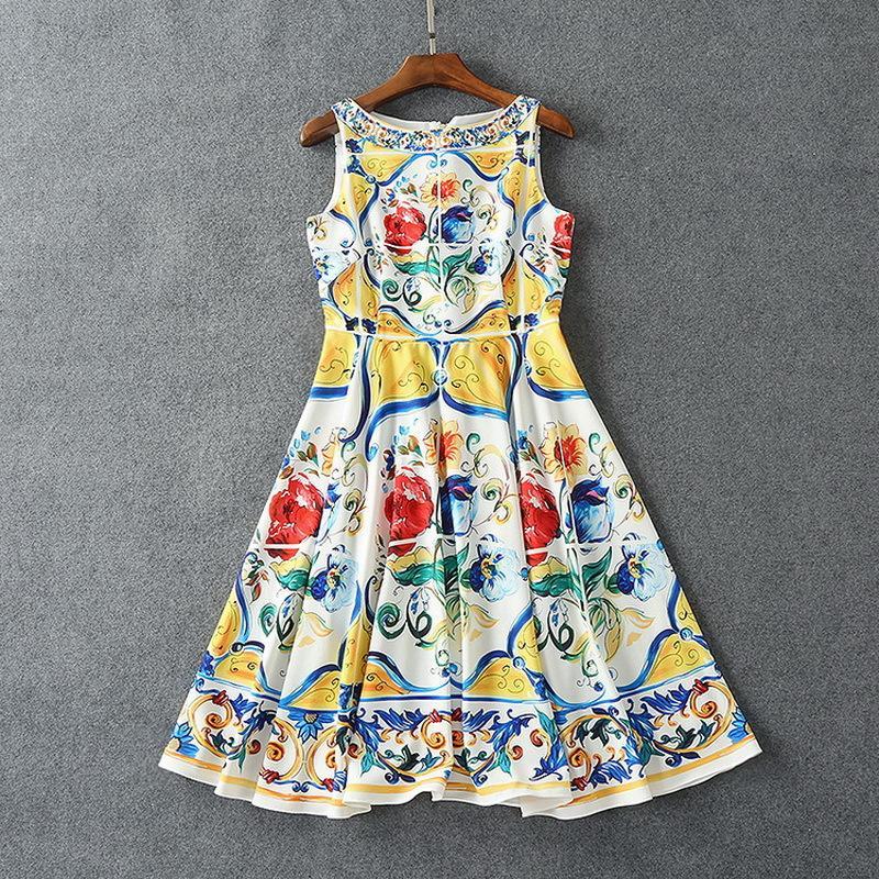 Ins Moda Lüks Elbiseler Düğme Geri Mavi Ve Beyaz Porselen Baskılı Elbise Yaz Kadın Etek
