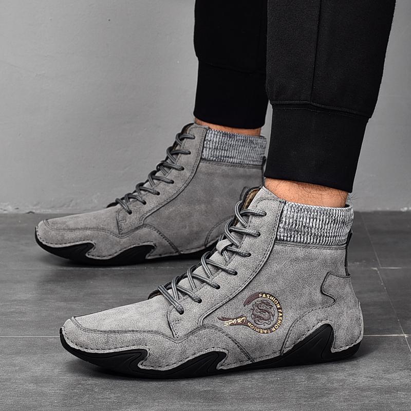 Yüksek Kaliteli Erkek Çizmeler Su Geçirmez Deri Sneakers 2022 Peluş Sıcak Erkekler Kış Kar Botları Açık Erkek Yürüyüş Botları Çalışma Ayakkabıları