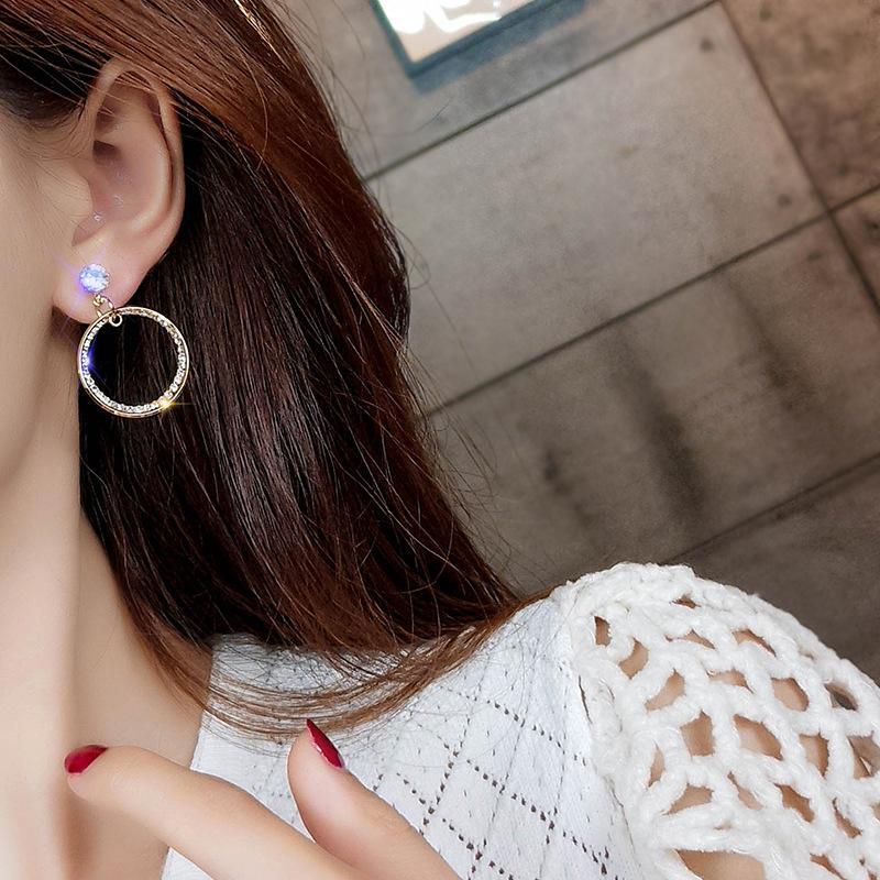 Moda redonda en pendientes sin perforar rhinestones clip sin agujero perforado mujeres