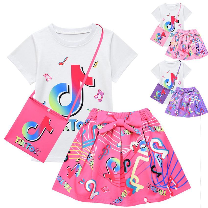 Tiktok 아기 소녀 의류 세트 만화 짧은 소매 티셔츠 스커트 및 가방 3pcs 여름 어린이 공주 귀여운 소녀 유아 옷