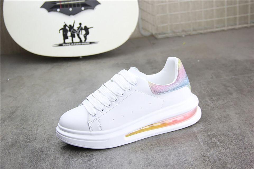 Мода влюбленные толстые нижние воздушные подушки мужчина белый обувь Джокер повысил сандалии отдыха HAN Edition Shoes Share студенты