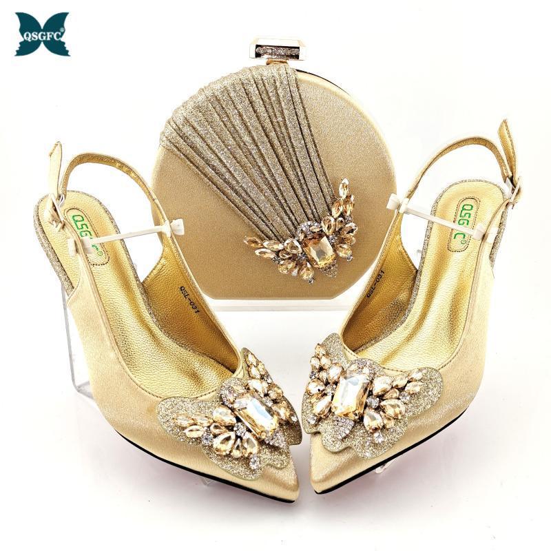 Diseño italiano est moda especial mariposa-kont estilo oro color noble mujer zapatos y bolso conjunto decorado con vestido de diamantes de imitación