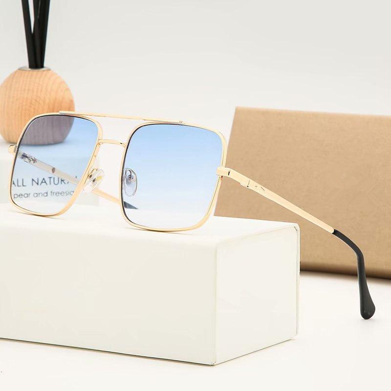 Lunettes Erkekler Için Yeni Moda Güneş Gözlüğü Siyah Kahverengi Temizle Lensler Spor Çerçevesiz Buffalo Boynuz Gözlük Kadınlar Altın Ahşap Kutusu
