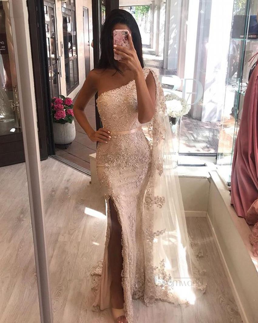 Sexy Lace Mermaid Evening Dresses 2021 Champagne Beads Appliques Side Slit One Shoulder Dubai Arabic Long Formal Evening Gowns Prom Dress