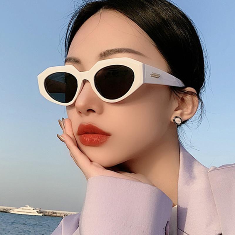 빈티지 불규칙한 펑크 선글라스 여성 2021 패션 카테 리 태양 안경 남자 레트로 스팀 펑크 고양이 눈 음영