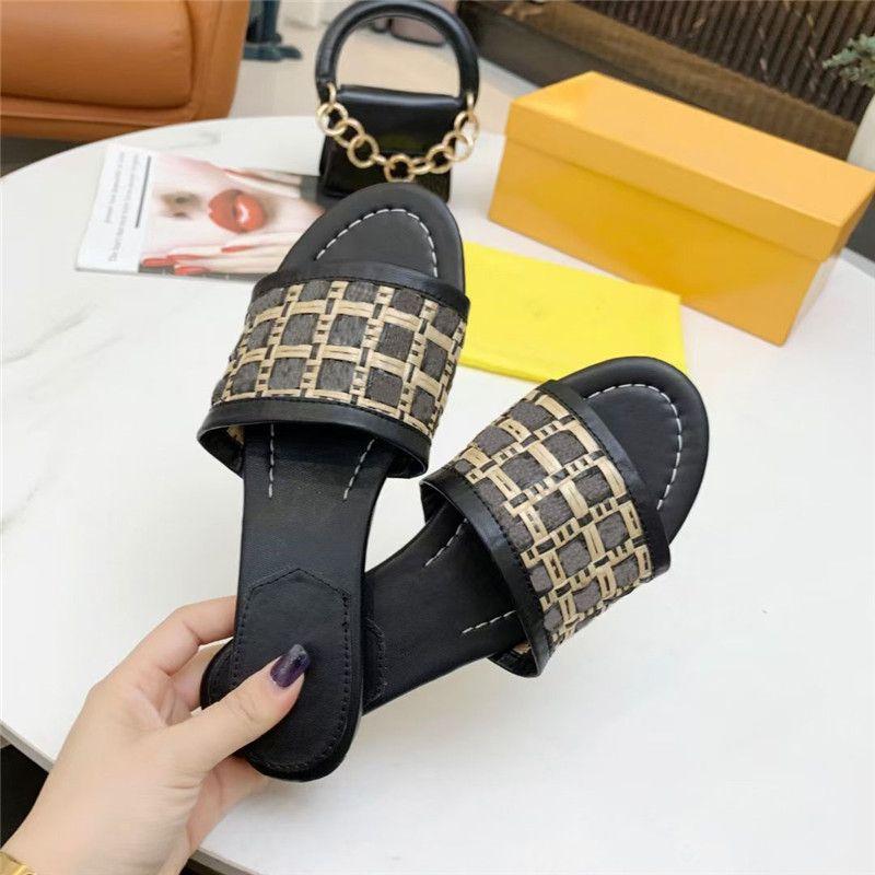 2021 Designer Weave Donne Pantofole Pantofole in pelle Tacchi alti Contexture Sandali Pure Color Flip Flip Flops Lettera Stilista Piatto Stilista Scarpe da spiaggia estiva all'aperto con scatola