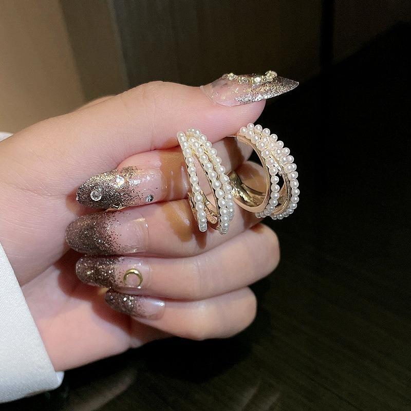 Mode de luxe 925 sterling goujon boucles d'oreilles trois billets de nacre de haute qualité bijoux coréen cadeaux fille dame 2021 ins tempérament style simple femme