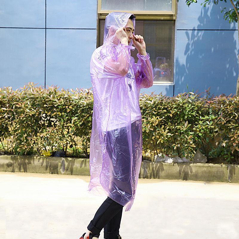 Jetable PE imperméable adulte poncho poncho poncho voyage camping musculaire poncho manteau de pluie vêtements de pluie kkb7035