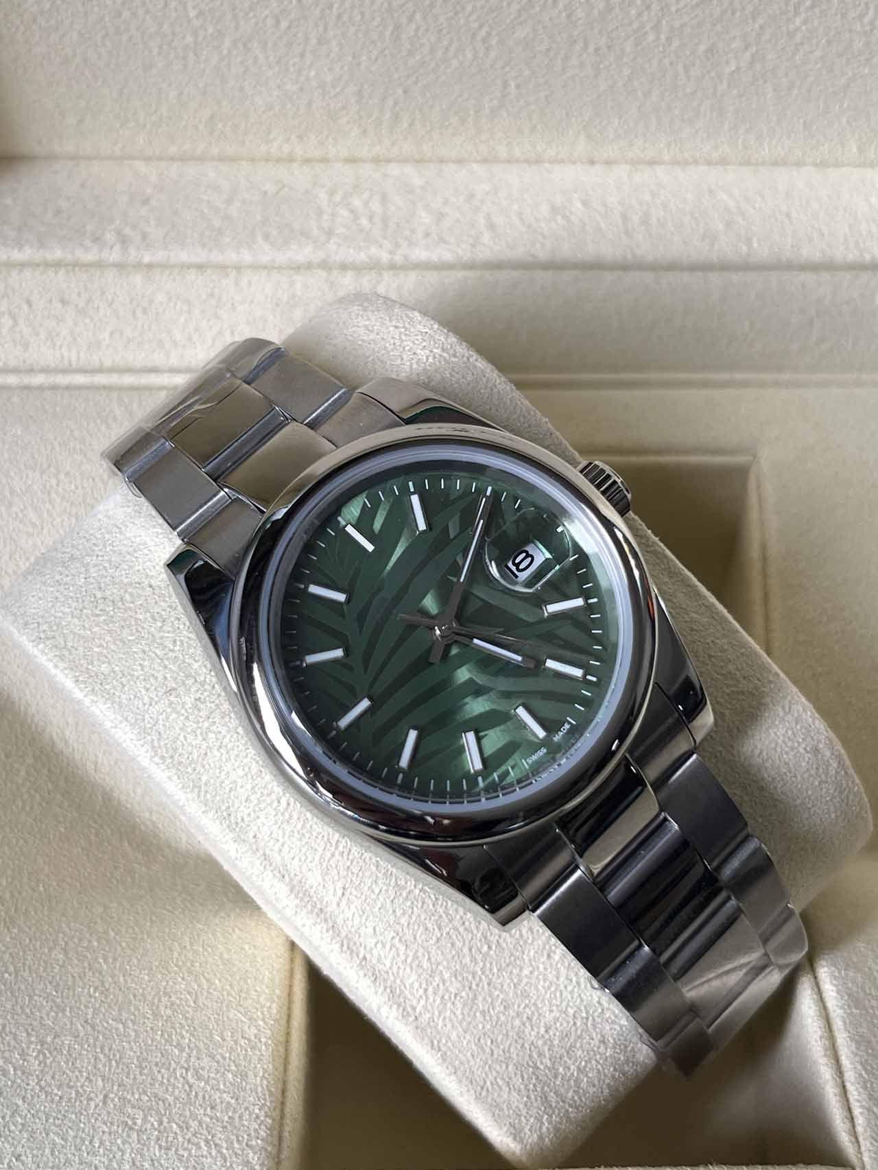 2021 lunette lisse DateJust cadran vert acier Mens 36mm Montre Saphir Verre Verre automatique Mécanique huître en acier inoxydable perpétuelle Turquoise 124300 montre-bracelet