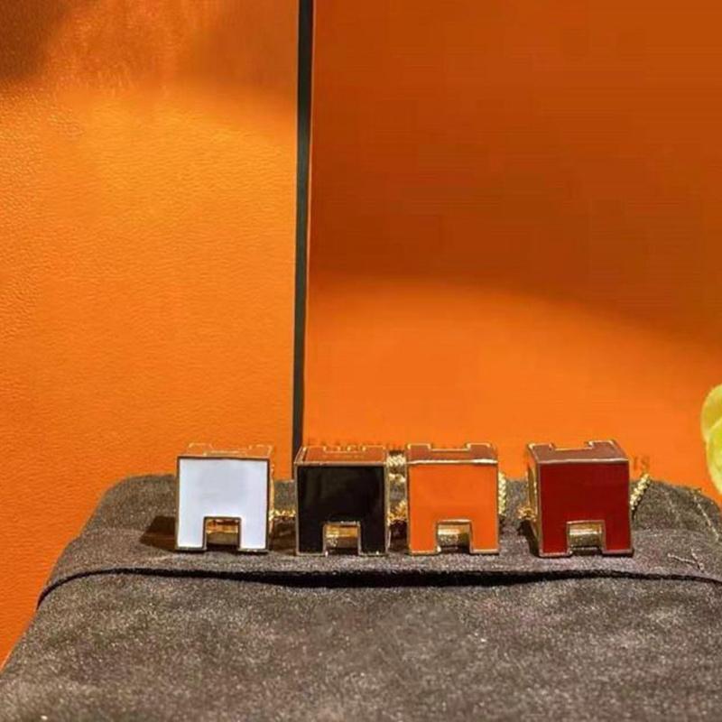 2021 Collier de mode Pendentif de luxe Colliers d'amour Bracelet pour homme Femmes Designer Bijoux Bracelets avec boîte