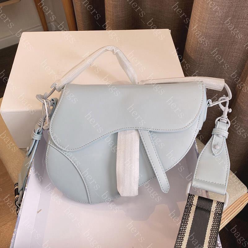 Crossbody Ultramatte Womens Bag 2021 Lady New Bags Designers Bolsas Mujeres Lujos Casual Moda Bolsos Saddor Avffr Bmlik