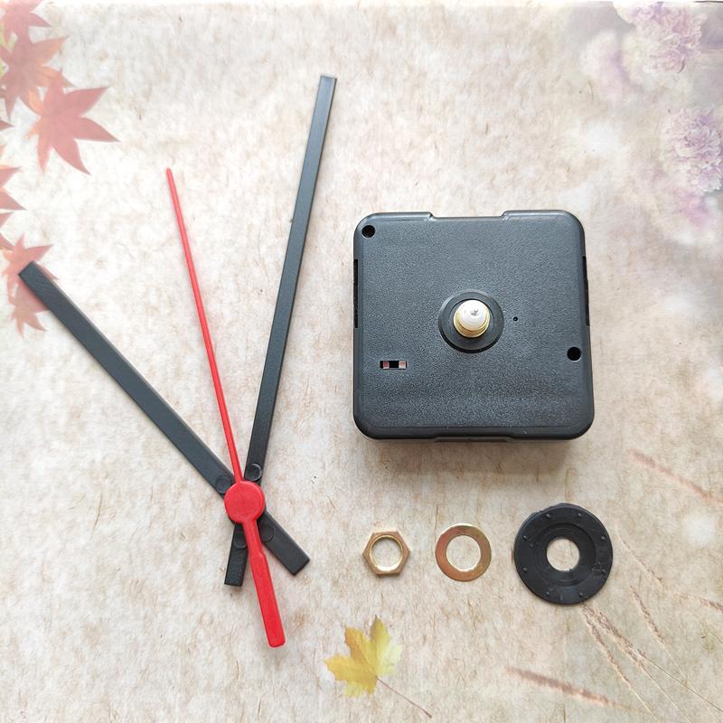 Hot 50pcs 12mm Eje Sweep Silent Cuarzo Reloj Mecanismo Mecanismo DIY Reparación Kits con Manos De Plástico Negro