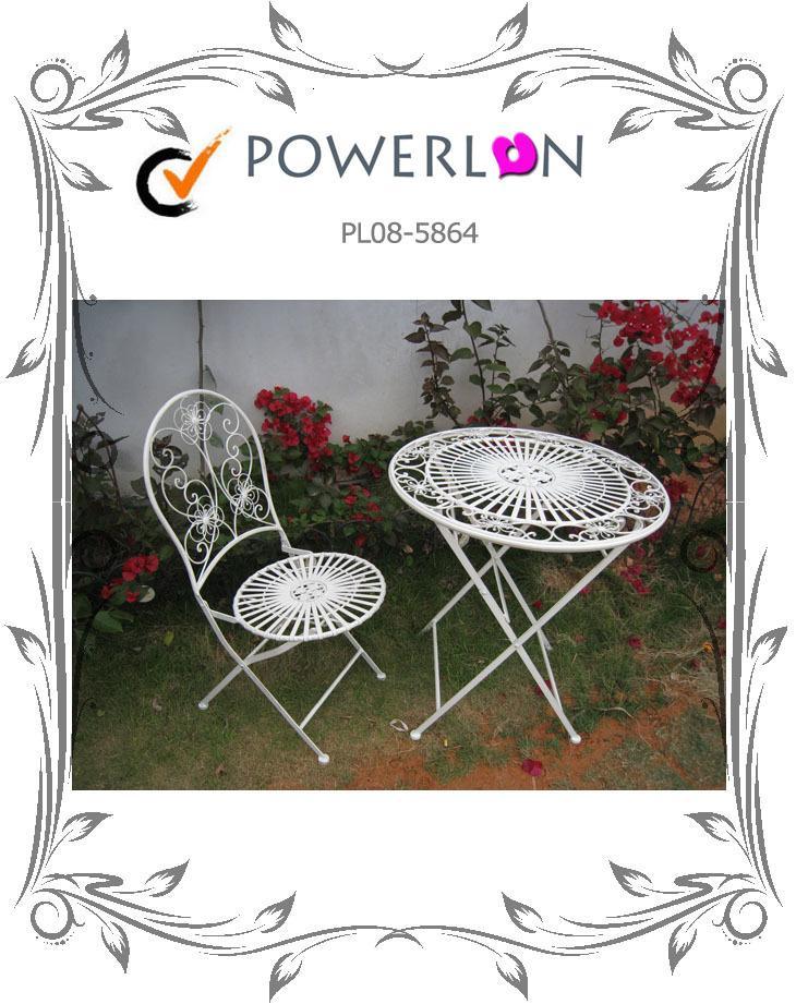 Günstiger Preis dauerhafte Vintage-Metall-Falten-antike weiße Gartenstühle Patio-Möbel