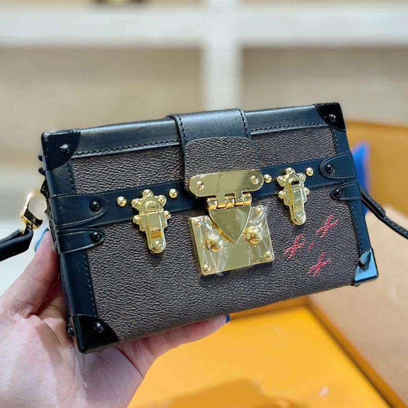 핸드백 메신저 가방 클래식 작은 하드 상자 패션 패치 워크 컬러 HASP 편지 패턴 이동식 어깨 끈 리벳 장식 고품질