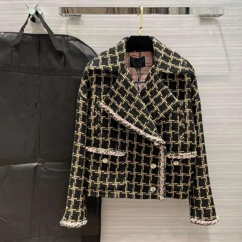 유럽 및 미국 여성용 착용 2021 겨울 새로운 긴 소매 옷깃 패션 싱글 브레스트 블랙 체크 무늬 트위드 코트