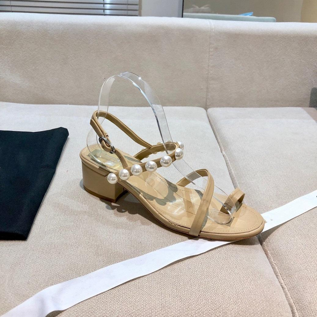 2021 yeni stil mizaç inci serisi sandalet kuzu derisi deri taban moda stil bayanlar sandalet boyutu 35-40