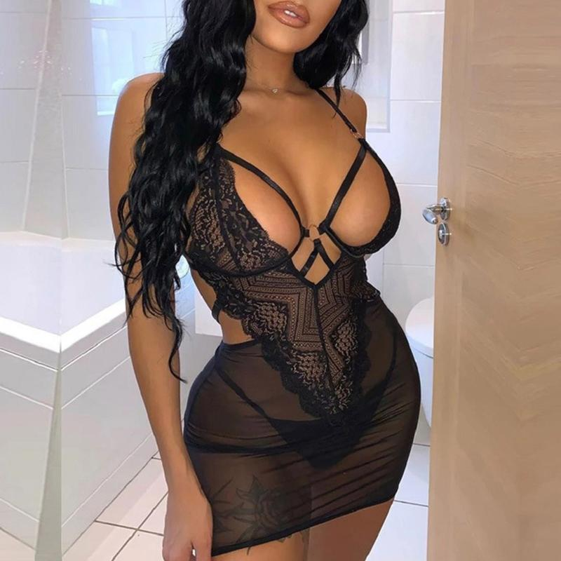 Bras Sets Transparent Sexy Lingerie Hollow Costumes Women Lace Plus Bodysuit Erotic Night Dress For Sex Sleepwear Underwear With String