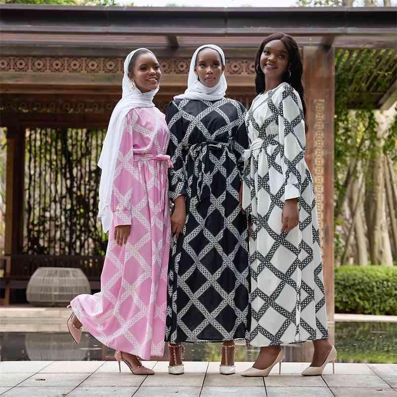 Abaya Türkei Femme Arabisch Hijab Muslim Lang Kleid Islamische Kleidung Kleider für Frauen Robe Musulman Vestidos Largos Kaftan Dubai 210602