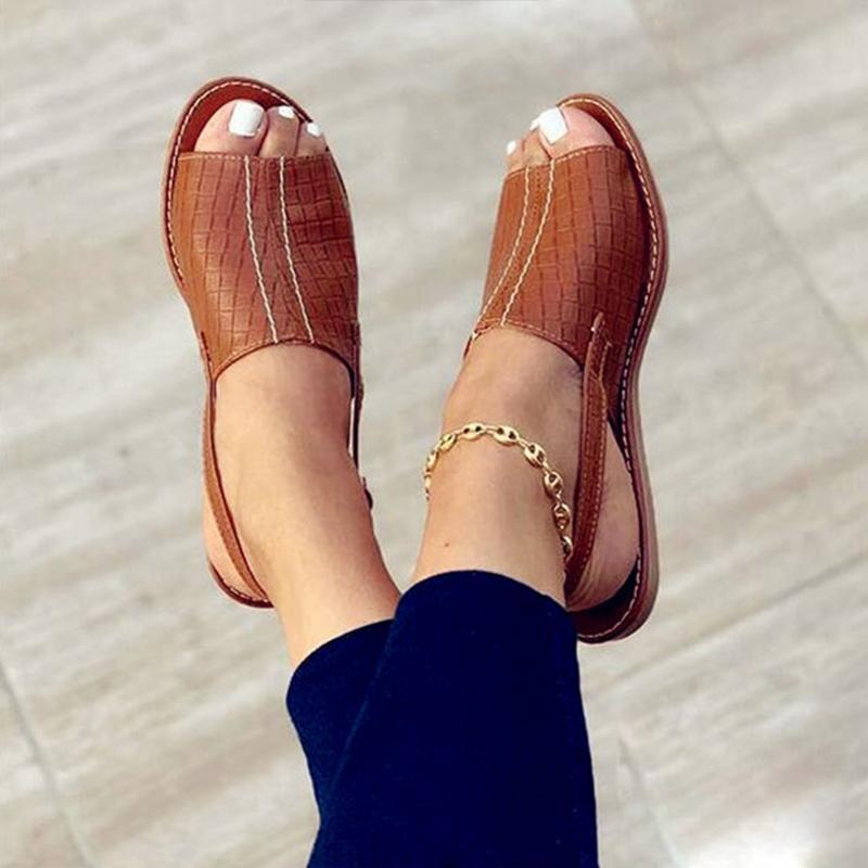 Летние с открытыми плоскими сандалиями сандалии на удобную повседневную обувь с задней ремнями Женщины женщины