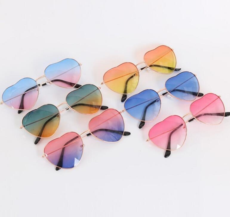 Kalp Şeklinde Güneş Gözlüğü Ince Metal Çerçeve Güzel Kalp Tarzı Moda Çocuk Çocuklar Kadınlar Için Renkli Lense GC106