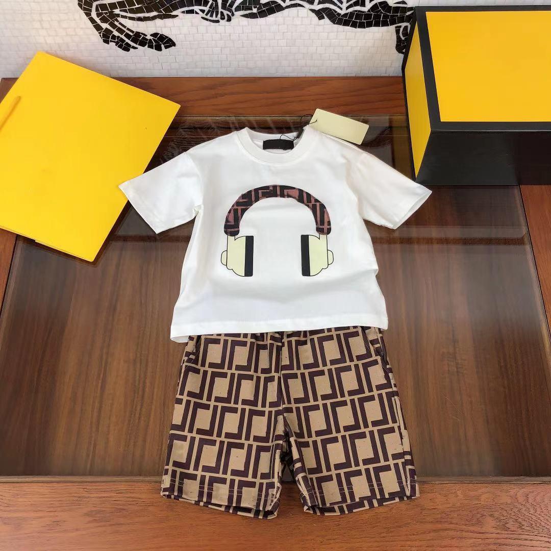 2021 Enfants Summer Deux pcs Ensembles Design Girls Garçons Tenue Vêtements de détail.