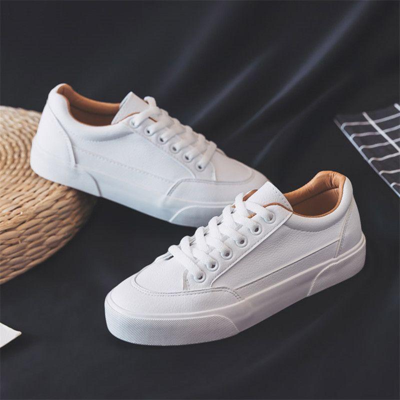 Sapatos casuais das mulheres. sapatos lisos, tendência de lazer, primavera, confortável, com almofada vulcanizada, branco
