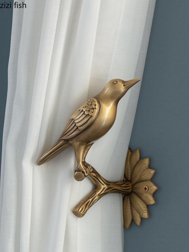 Retro pájaro cortina gancho ganchos de pared herramientas de almacenamiento de ropa de ropa de oro gancho de oro capa de cobre de cobre sala de contartador de decoración