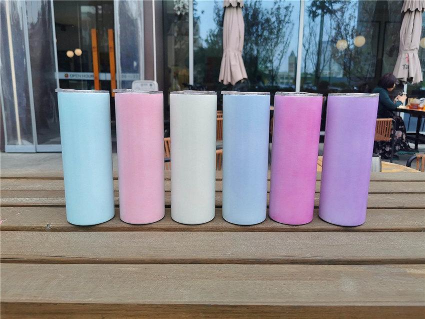Sublimation dünne Tumbler-Leerzeichen 20 Unzen Farbwechsel durch Sonnenlichtflasche Bunte Tassen Doppelwand Edelstahlbehälter in Großhandel mit Deckel Strohhalm