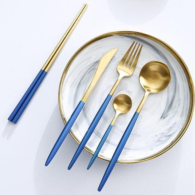 Ensembles de couverts en acier inoxydable Couteau à fourche solide Couteau à cuillère à cuillère Banges de cuillère Vaisselle Ensemble de dîner européen Tableau de la Vaisselle de l'Est de l'Ouest KKB7105