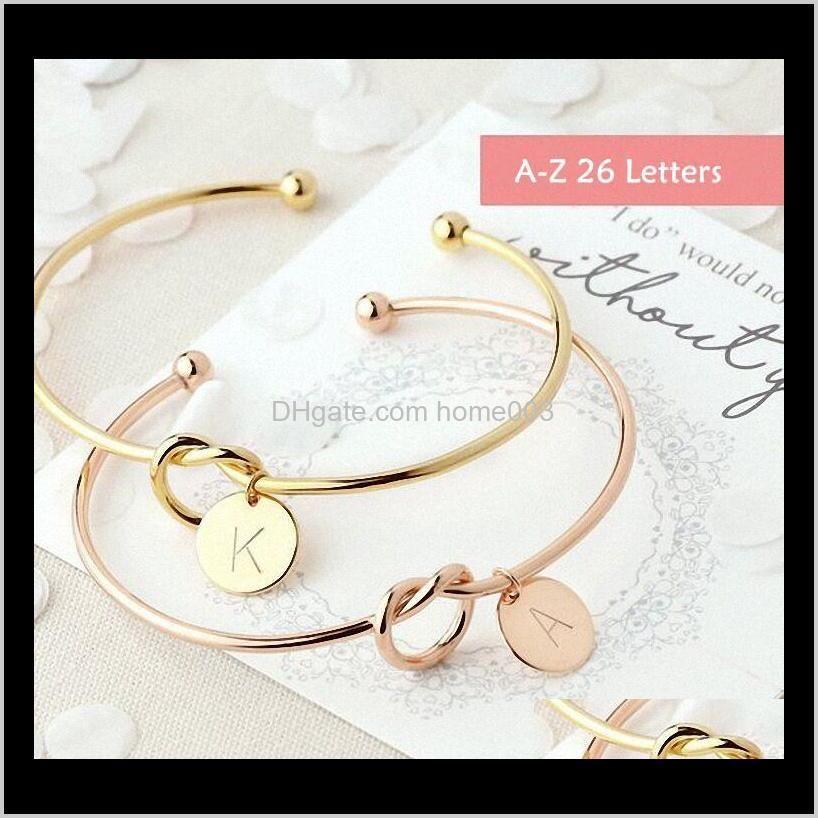 A-Z 26 Lettres ouverts Bangles Bijoux Mode Femmes Gir Alliage Knot Coeur Pendentif Bracelets En gros bref Gold Argent Rose Rose Couleur J WDox4