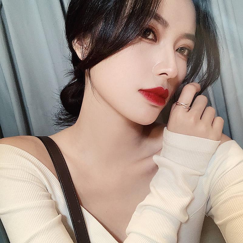 2021 Simple Cross Cross Anillo Luz Ligero Personalidad de Lujo Coreano Mujeres Joyería Moda Exagerada Anillo de la junta