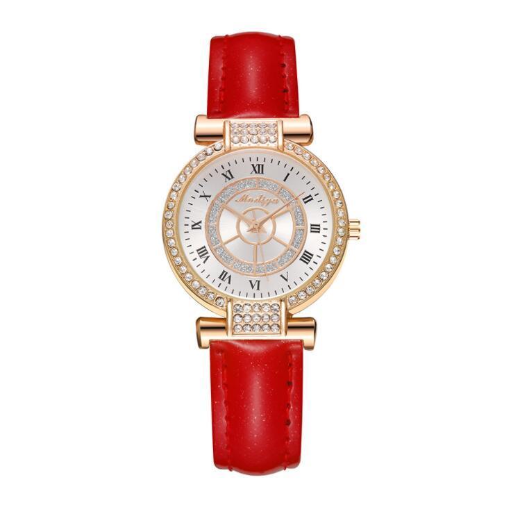 Más nuevos Rhinestone Women Relojes de cuarzo Ladies Cuero Banda de cuero Crystal Diamond Rudder Tiempo Reloj Moda Número romano Pulsera Reloj de pulsera