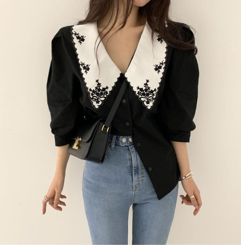 Frauen Blusen Hemden Limited Bluse 2021 Koreanische Version von Retro Stickerei Revers Mode Lose Hemd