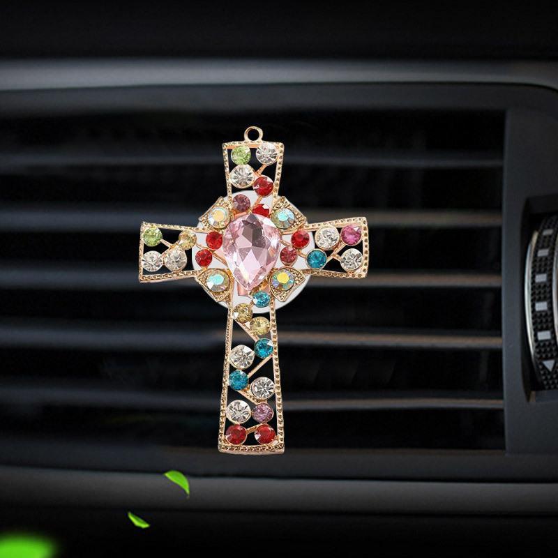 Decoraciones de interiores Outlet de autos PERFUME Set Set Auger Diamond Cross Jesús Decoración Accesorios creativos