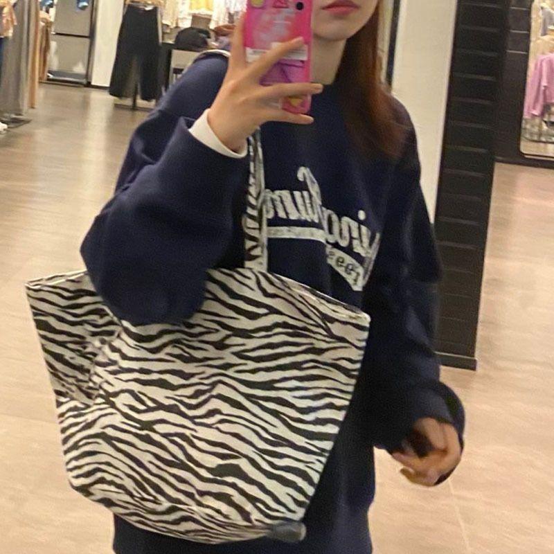 Sala de ombro Saco Chao Marca Tote 2021 New Women's Zebra Animal Padrão Impresso Tecido Portátil Shopping Bagbmcp