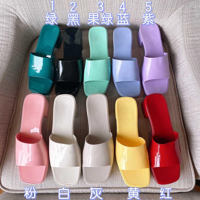 Os chinelos de sandálias dos saltos de mulher das mulheres deslizam a plataforma de borracha do deslizador de borracha Plataforma Retrô Retro Sandal Sandal Cores com caixa de logotipo