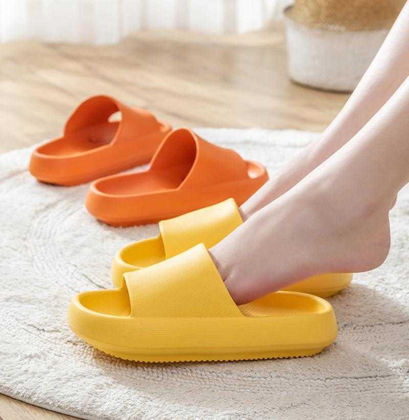 Frauen Plattform Hausschuhe Weiche EVA Super Licht Liebhaber Indoor Hausschuhe Wasserdichte Dicke Sohle Home Boden Schuhe Damen Mode Slide A0602