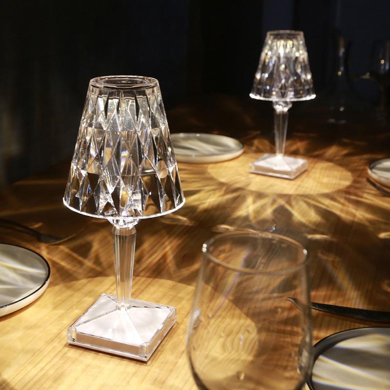 Table Lamps Diamond Lamp USB Rechargeable Acrylic Decoration Desk Bedroom Bedside Bar Crystal Lighting Fixtures Gift Night Light