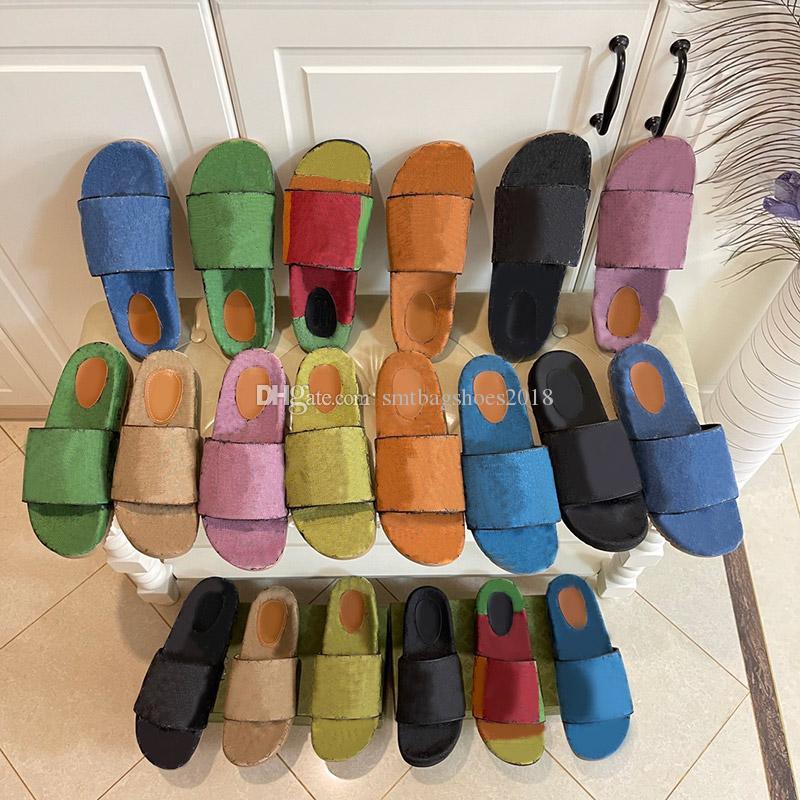 Summer Umens Bold Bottom Designer Designer Beach Pantofole da spiaggia Donne Fashion Flat Slides Flip Flops di alta qualità Womens Lussurys Sandali Sandali Silly Mens con Box Size 35-41