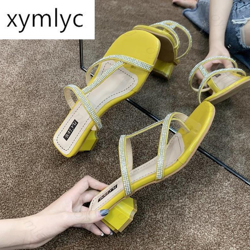 Pantofole 2021 INS Moda Donna Tronno Tacchi alti Slide Mules Femminile Aperto Punta Aperto Strappy Green Beige Beach Sandals Sandals Sandali per feste